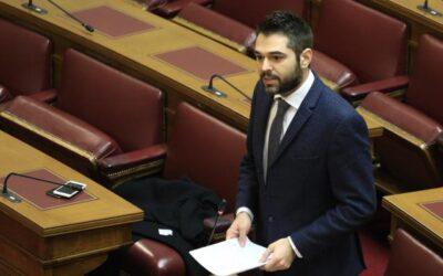 """Γ. Σαρακιώτης: """"Τι κάνει η Επιτροπή Ανταγωνισμού για τις υπέρογκες χρεώσεις των πολιτών από τις τράπεζες;"""""""