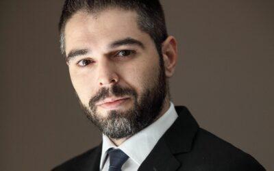 Γ. Σαρακιώτης για την 46η Επέτειο Αποκατάστασης της Δημοκρατίας: «Με αρραγή ενότητα και εθνική ομοψυχία έτοιμοι να υπερασπιστούμε ελευθερίες, δικαιώματα και εθνικά δίκαια»
