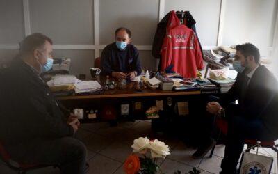 Συνάντηση Γιάννη Σαρακιώτη με στελέχη του Εθνικού Κέντρου Άμεσης Βοήθειας (Ε.Κ.Α.Β.)